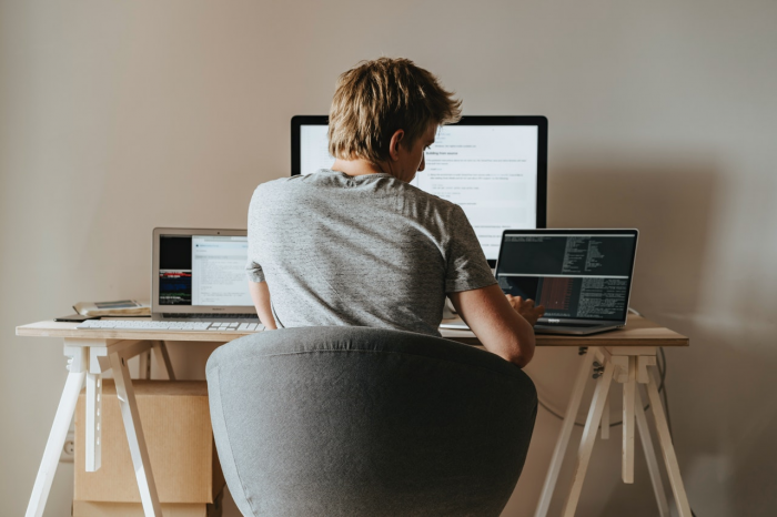 5 tips to implement while working from home